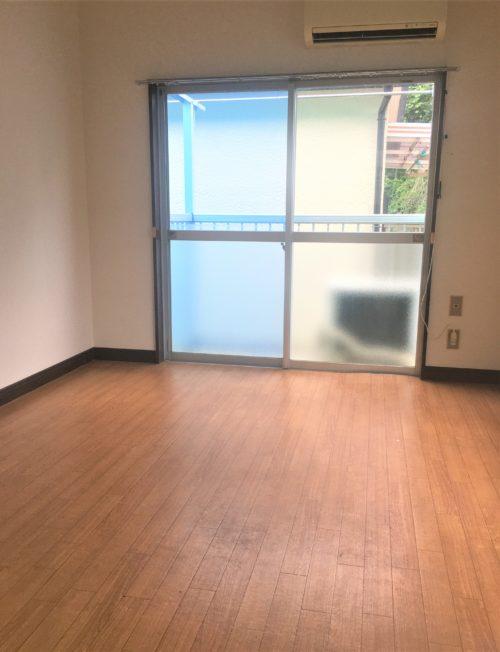 2階・角部屋・バストイレ別・ロフト付。まさに憧れの空間。